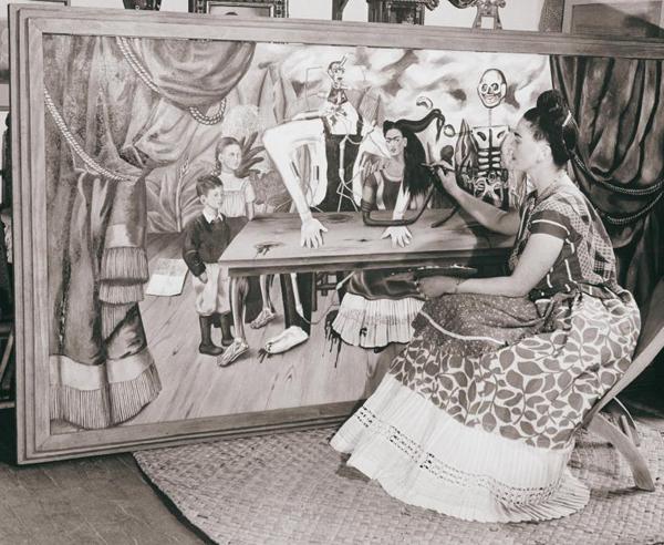 Frida_Kahlo_Pintando_México